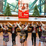 Children's day at PolArt, Sredni POLONEZ danced